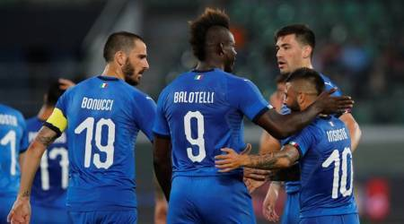 Mario Balotelli scores on return as Italy beat Saudi Arabia 2-1