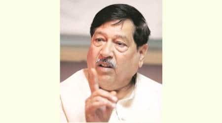 Pune BJP leaders hold separate civic reviewmeetings