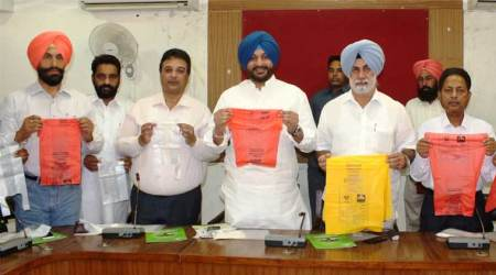 Ludhiana: Biodegradable carry bags made from starch granules launched