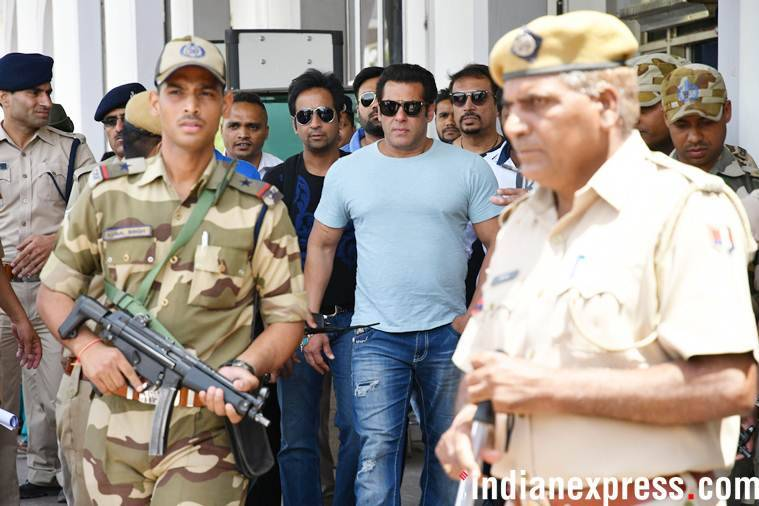 Salman Khan heads to Jodhpur for his hearing in Blackbuck poaching case