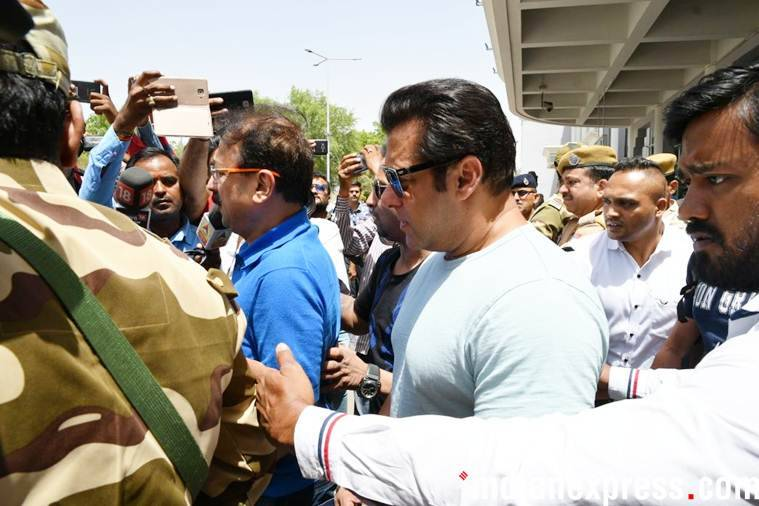 Salman Khan reaches Jodhpur, to appear in court today for blackbuck case