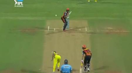 IPL 2018: Dead ball, wide or no ball? Deepak Chahar's freak delivery sparks debate