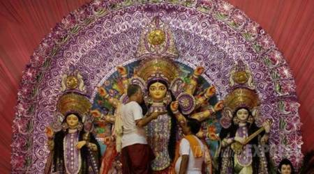 Durga Puja committee to decorate pandal with Chinese 'Hulu'