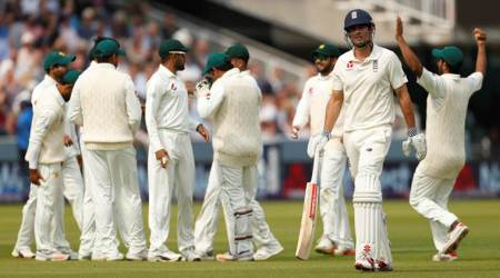 England vs Pakistan: ICC bars Pakistan players from wearing Apple smart watches during play