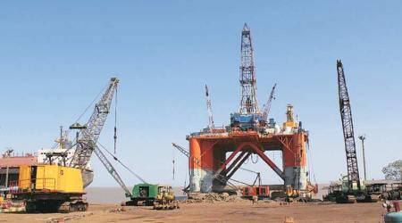 Global oil slump has Gujarat's Alang angle: An influx of rigs