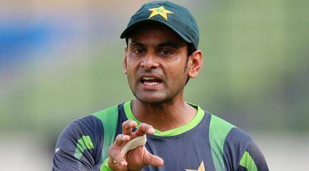 Mohammad Hafeez allowed to bowl in International cricket