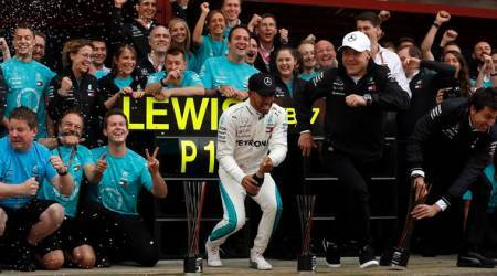 Dominant Lewis Hamilton wins in Spain, Sebastian Vettel fourth