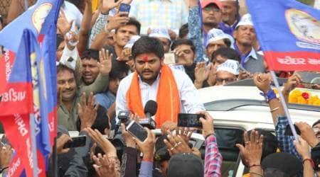 Hardik Patel seeks to revive Patidar quota stir withMahapanchayat