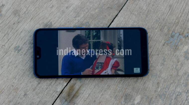 Honor 10, Honor 10 price in India, Honor 10 specifications, Honor 10 flipkart, Honor 10 features, Honor 10 review, Honor 10 vs OnePlus 6, Vivo X21, Android Oreo
