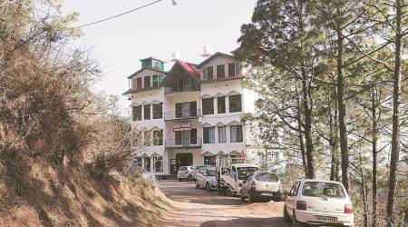 Solan DCP sets up four teams, appoints nodal officers to demolish illegal hotels and resorts fromtoday