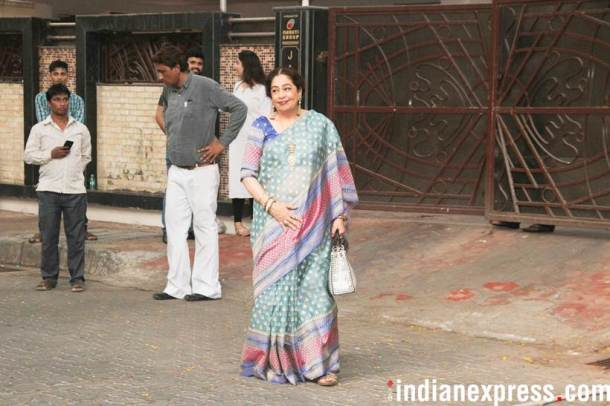 kirron kher, anupam kher wife at sonam kapoor house