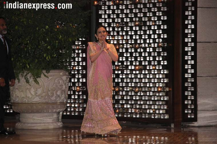 Nita Ambani greeted everyone with folded hands at her daughter Isha Ambani's engagement