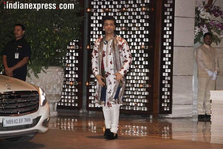 Isha Ambani, Isha Ambani engagement party, Nita Ambani, Mukesh Ambani, Shloka Mehta, Sonam Kapoor, Anand Ahuja, Shah Rukh Khan, Aamir Khan, celeb fashion, bollywood fashion, indian express, indian express news