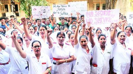 Doctors go on indefinite strike after their colleagues in Mumbai's JJ hospital were assaulted