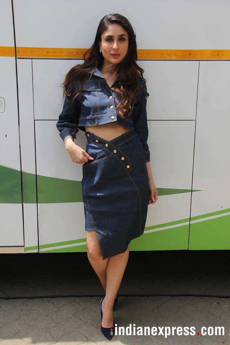 Kareen Kapoor Khan, janhvi kapoor, bollywood fashion, kareena denim dior dress, janhvi denim dress, veere di wedding promotions, fashion news