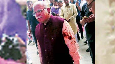 Haryana police arrest one person for attempt to throw black oil on CMKhattar