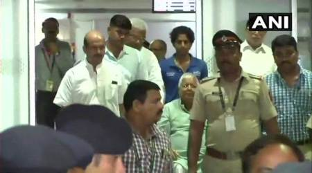 Out on bail, Lalu Yadav arrives in Mumbai for heart treatment