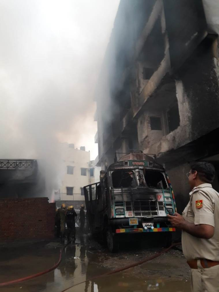delhi, malviya nagar, malviya nagar fire, khirki extention, south delhi fire, malviya nagar godown fire, indian express