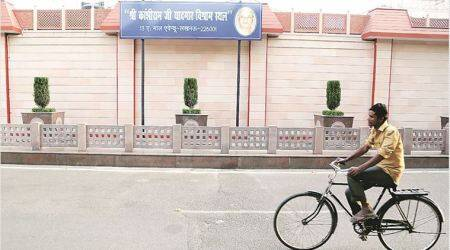 After notice to vacate, Mayawati home gets a new nameplate