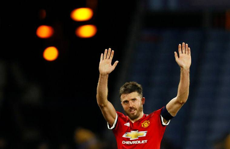 Carrick sets up Man United winner on Old Trafford farewell