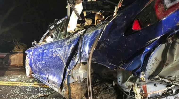 Man dies after Tesla Model S crashes into San Francisco ...