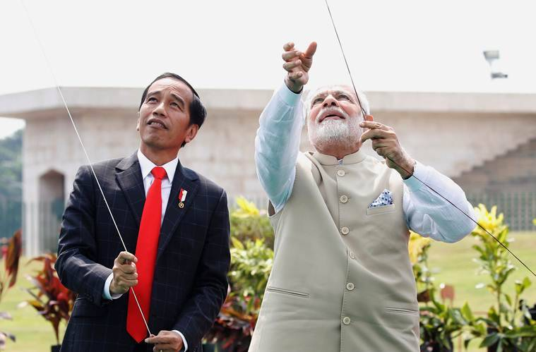 Narendra Modi, Narendra Modi Indonesia, Narendra Modi flying kites, Indonesian president, Joko Widodo, Modi in Indonesia, Indonesia Kite exhibition, India news