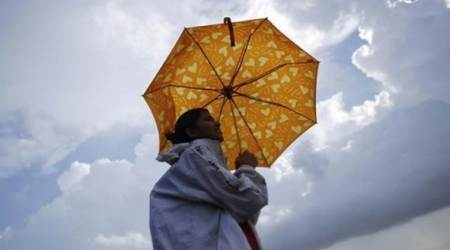 Pre-monsoon showers hit Kerala, monsoon to set in by before June 1