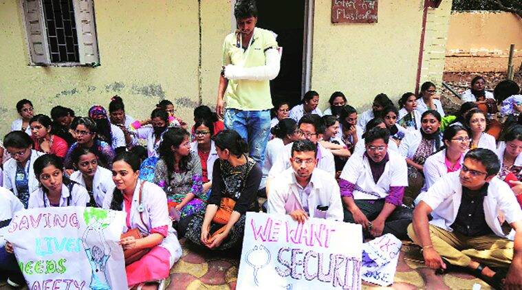 Mumbai: JJ Hospital strike over 'assault on doctors' enters third day