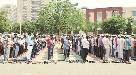 Now, outfits to press for namaz at just five places in Gurgaon