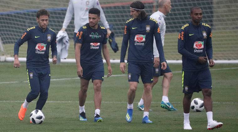 Neymar looks sharp in training with Brazil World Cup squad after injury
