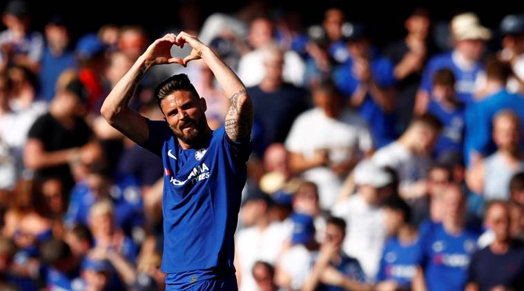 Chelsea's Olivier Giroud signs one-year contract extension