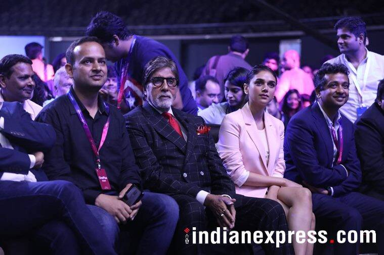 Bollywood actors Amitabh Bachchan and Aditi Rao Hydari at OnePlus 6 launch