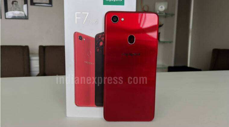 Oppo F7: Basic questions about camera, display, fast charging and