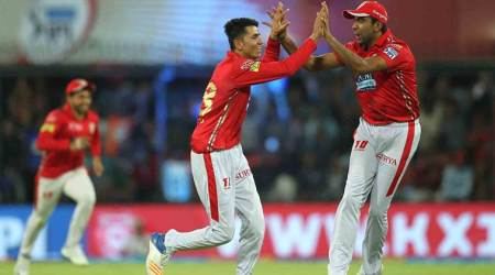 IPL 2018: Ravichandran Ashwin's calmness as captain comes from MS Dhoni, says AaronFinch