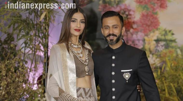 Sonam Kapoor and Anand Ahuja recently arrived at their reception, which is taking place in The Leela, Mumbai