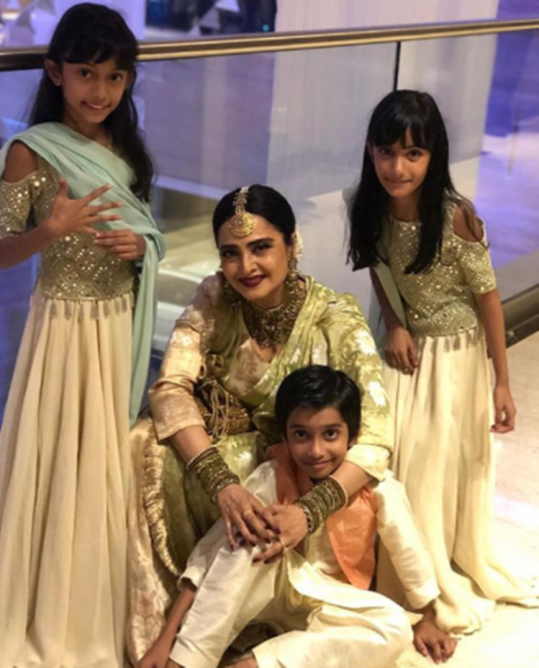Rekha Farah Khan Kunder children