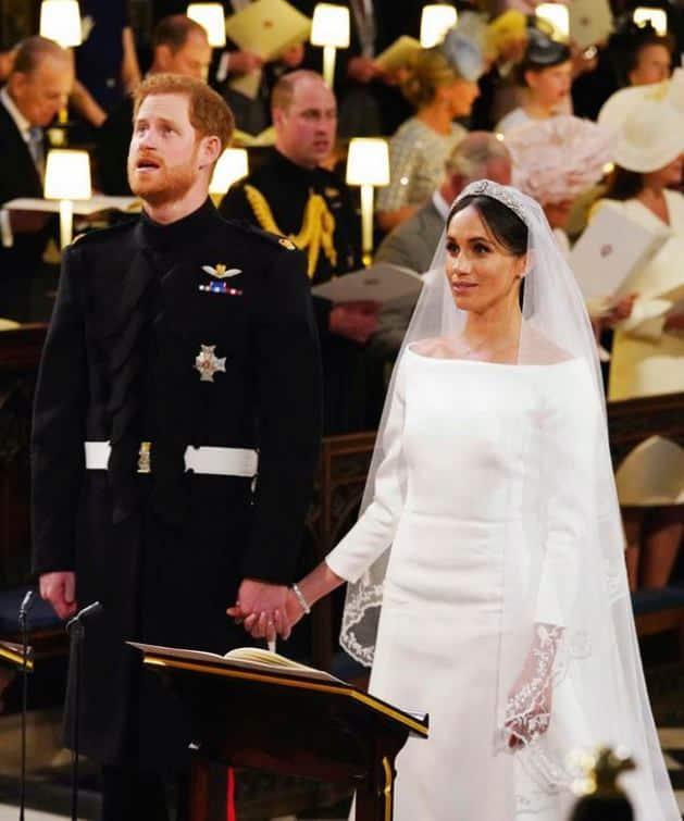 meghan markle, prince harry, royal wedding, royal wedding 2018, royal wedding photos, royal wedding images, meghan markle wedding photos, meghan markle wedding dress, harry meghan wedding pics,