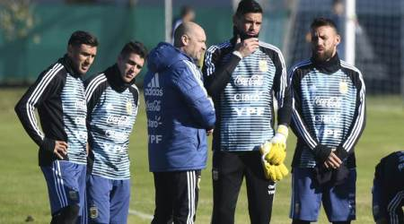 Nahuel Guzman to replace injured Sergio Romero in Argentina squad