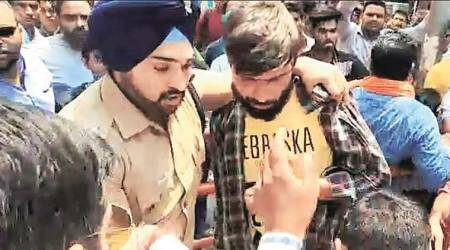 Uttarakhand: Sikh cop saves Muslim youth from assault on temple premises