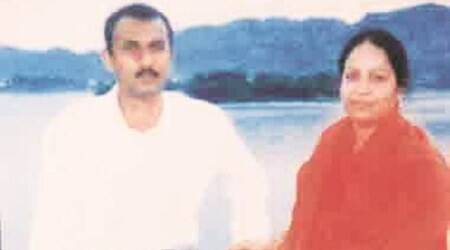 NBW issued against Sohrabuddin's brother