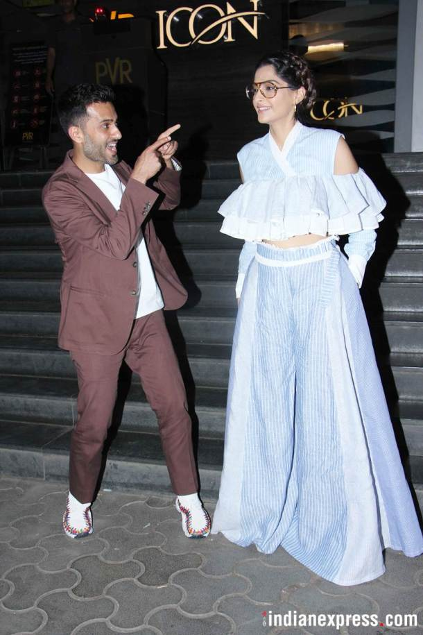 sonam kapoor and anand ahuja at veere di wedding screening