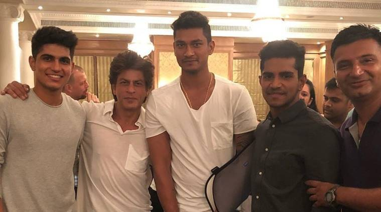 Shah Rukh Khan with KKR squad members in Mumbai