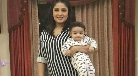 sunidhi chauhan son first photo