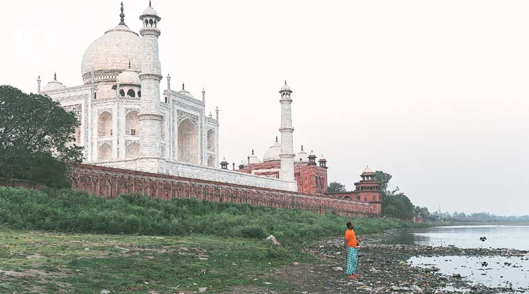 taj mahal, taj mahal and pollution, mahesh sharma, union culture minister, ASI, Archaelogical survey of india, seven wonders of the world, Clean Taj mahal, minister of state for environment, indian express, indian express news.