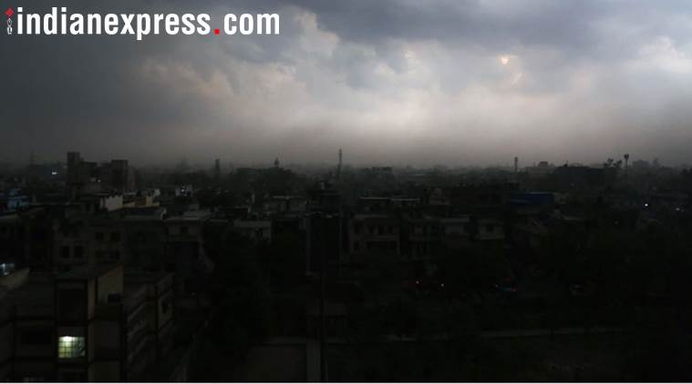 India weather LIVE UPDATES: Thunderstorm warning for Delhi-NCR, dust storm likely in parts of Rajasthan