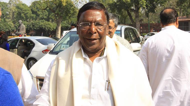 v narayanasamy, puducherry cm draws parallel with delhi government, delhi government impasse, delhi puducherry governments, kejriwal lg rift