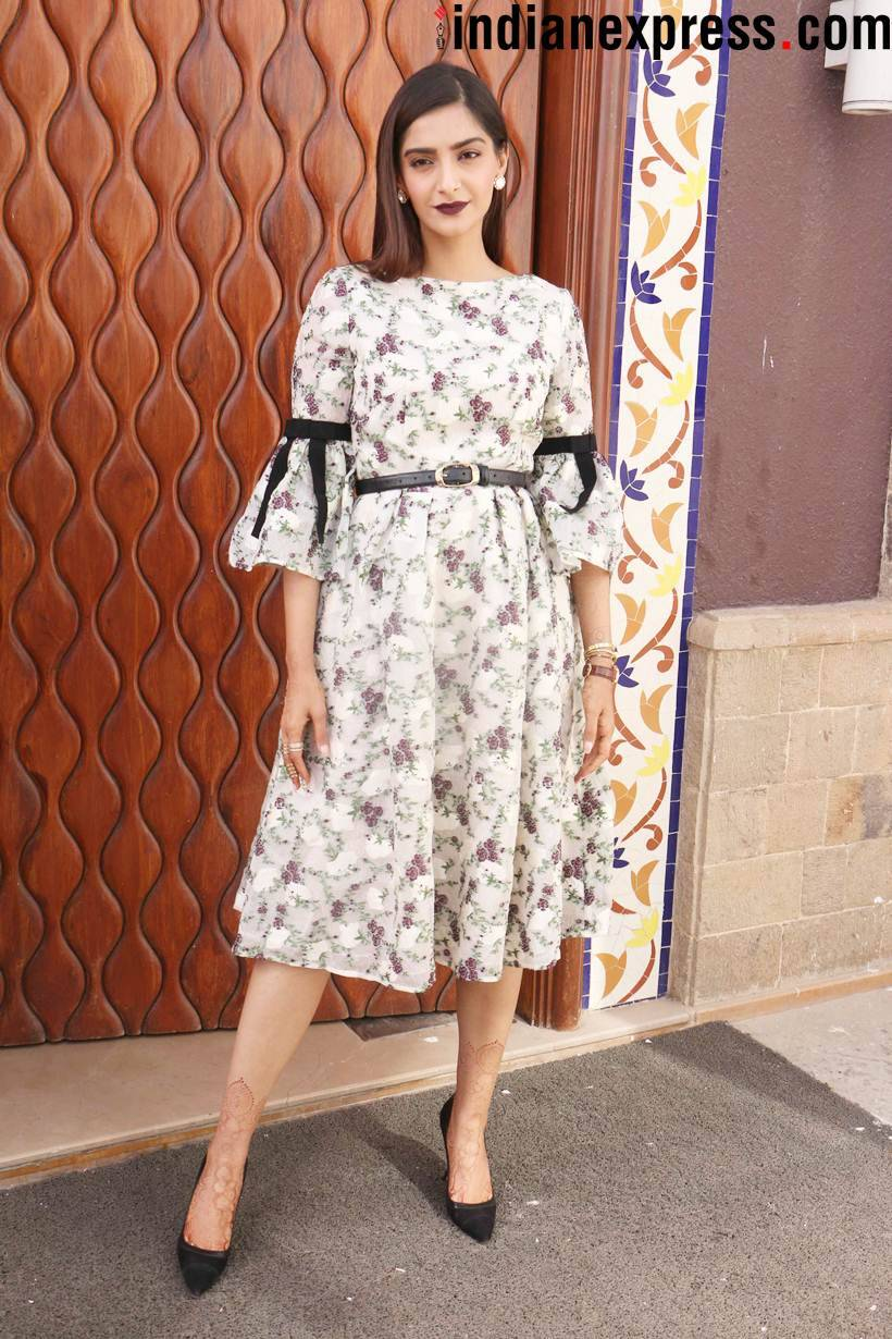 sonam kapoor at veere di wedding promotions