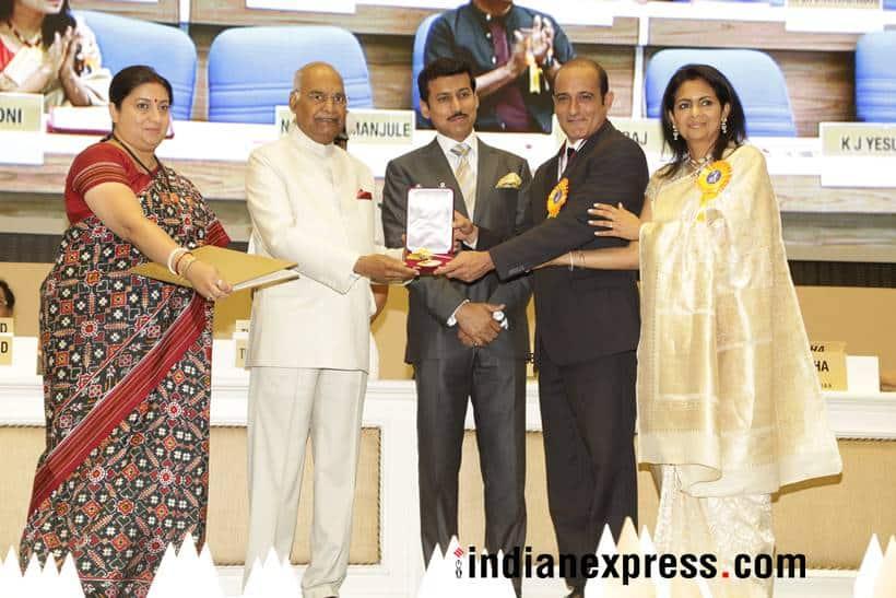 Akshaye Khanna picked his father Vinod Khanna's National Film Award