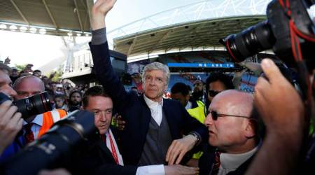 Arsene Wenger leaves Arsenal: Former and current players pay theirrespects