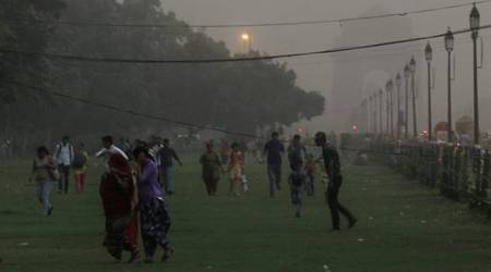Highlights: Gusty wind and light rain bring mercury down in Delhi